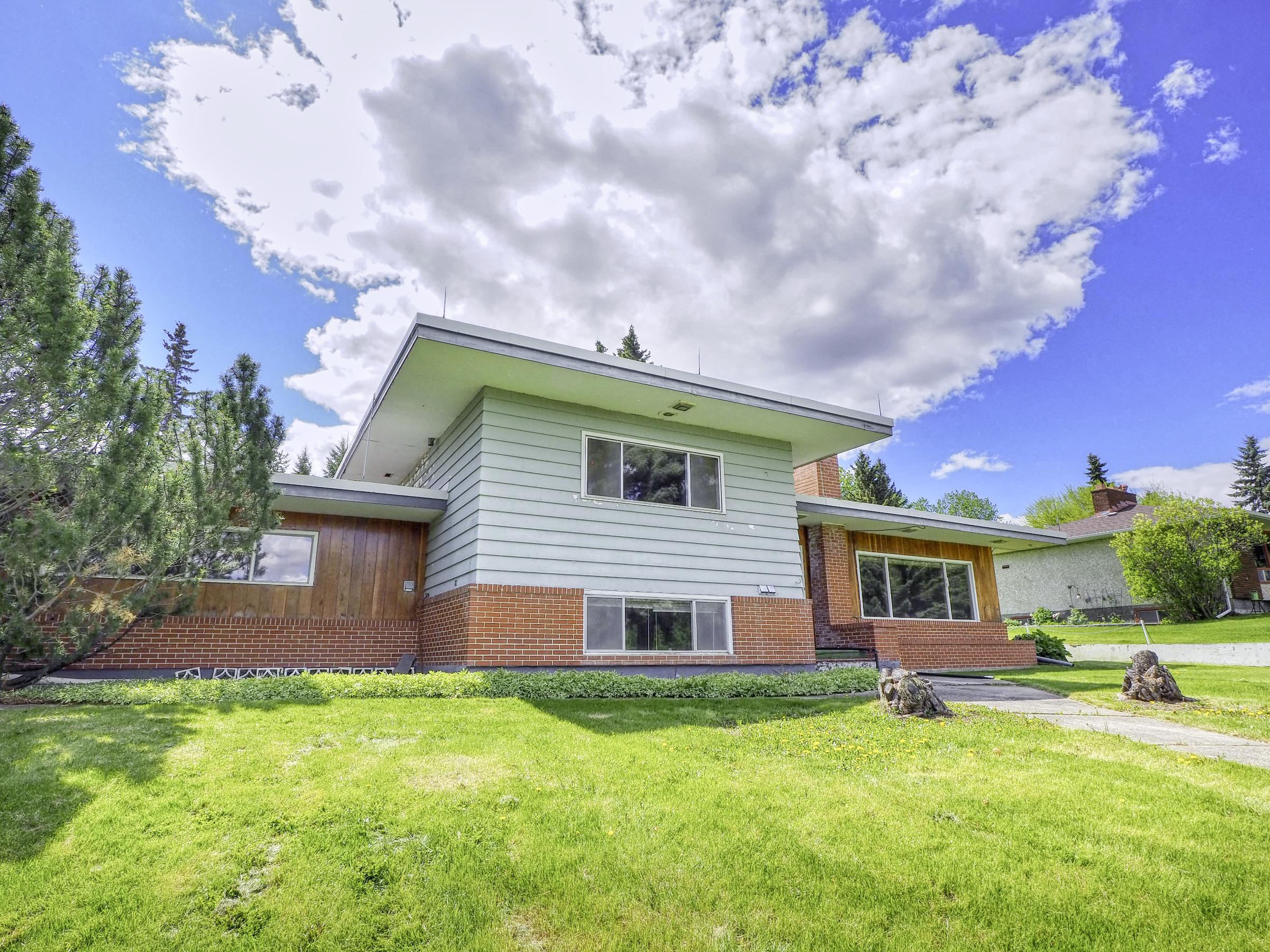 Sylvan Lake home for sale